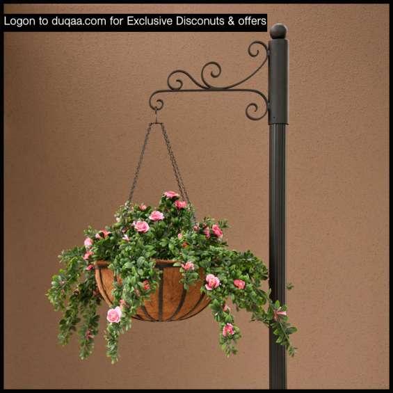 Elegant design hanging basket with wall hook