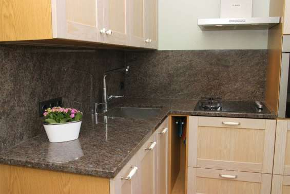 Pictures of Labrador antique granite kitchen countertops at cheap price uk 3